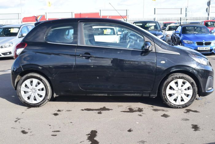 Peugeot 108 1.0 VTi Active Top! 3dr EU5 Convertible Petrol Black