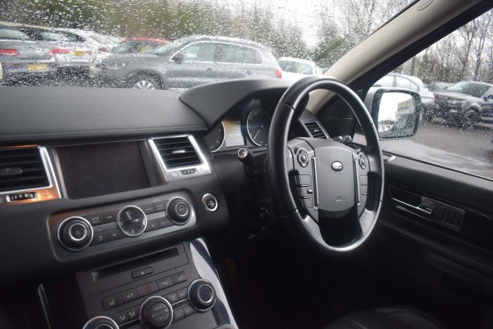 Land Rover Range Rover Sport 3.0 SD V6 HSE (Luxury Pack) 4X4 5dr Auto SUV Diesel Silver