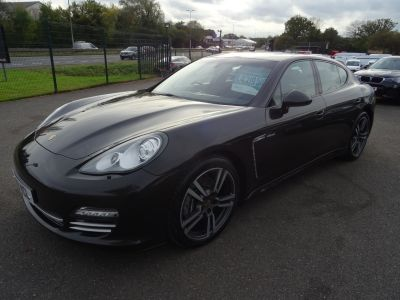 Porsche Panamera 3.0 Platinum Edition D V6 Tiptronic 5dr Hatchback Diesel GreyPorsche Panamera 3.0 Platinum Edition D V6 Tiptronic 5dr Hatchback Diesel Grey at Motor Finance 4u Tunbridge Wells