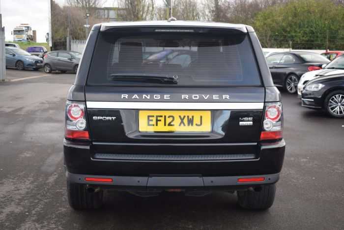 Land Rover Range Rover Sport 3.0 SD V6 HSE (Luxury Pack) 4X4 5dr Auto SUV Diesel Black